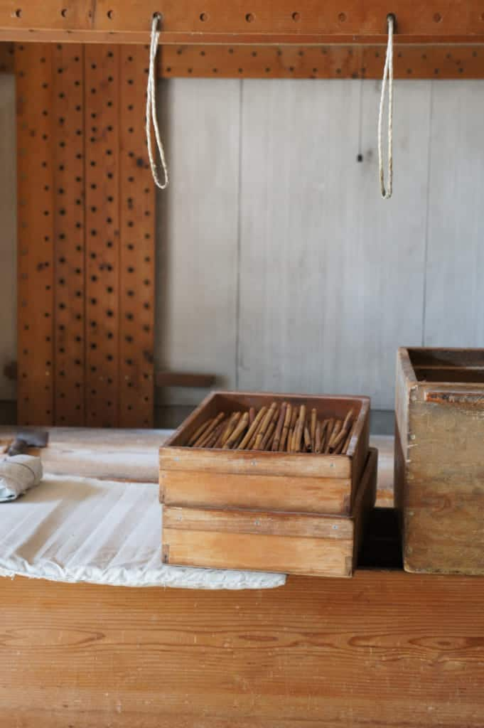Bamboo tools in the somen noodles factory
