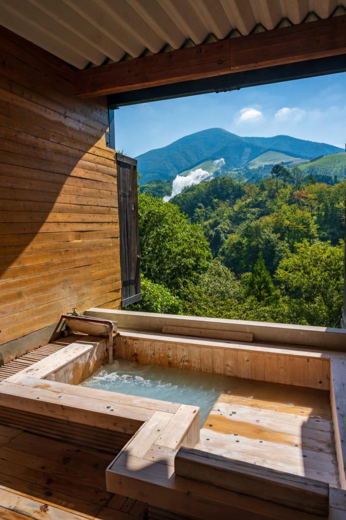 Onsen privatif  avec vue sur le paysage de Waita Onsen