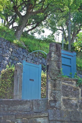 Puerta de la Residencia No. 13 en Higashiyamate, Cuesta de los Holandeses (Nagasaki)