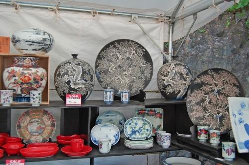 Artículos de cerámica a la venta en Hasami (Japón).