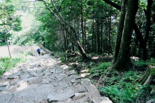 escaleras kamikura shingu