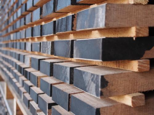 Madera para la fabricación de las guitarras Yairi