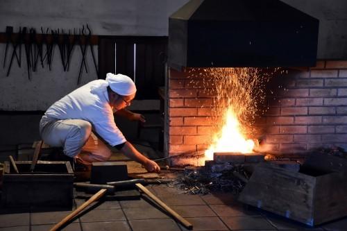 Proceso de elaboración de una espada samurái en Bizen Osafune.