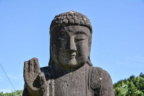 Estatua del templo Chorakuji de Murakami.