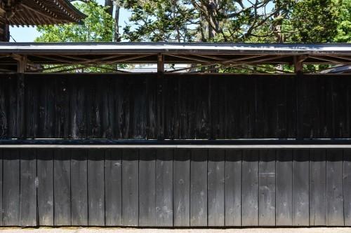 Muros de madera de Kurobei. la calle samurái de Murakami.
