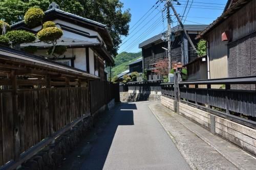 Calles de madera negra en Kurobei, la calle samurái de Murakami.