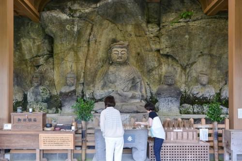 Budas en piedra de Usuki, Oita.