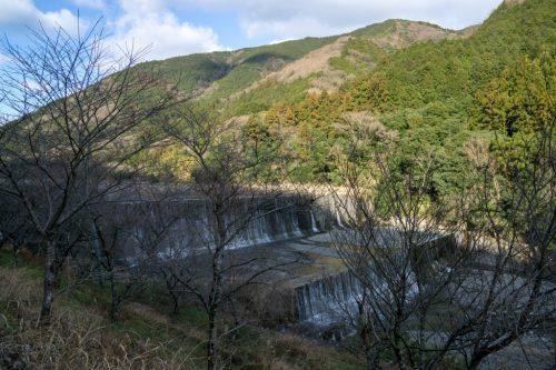 Yokeno-entei, estructura de piedra en Yo-on.