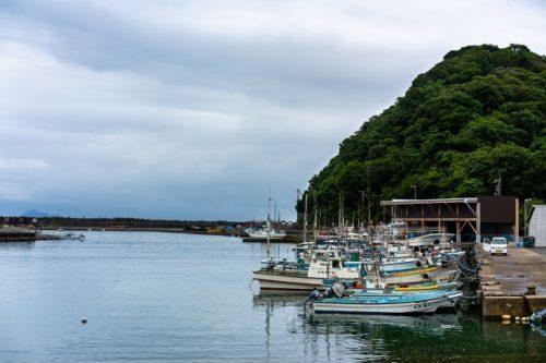 Barcos de pesca atracados en el puerto de Takahama