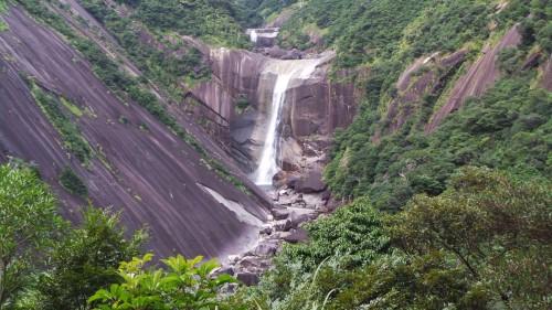 Cascade Senpiro de Yakushima