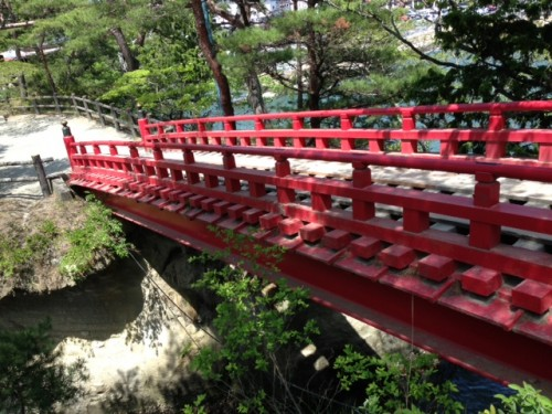 Matsushimakaigan : pont permettant d'accèder au temple Godaido