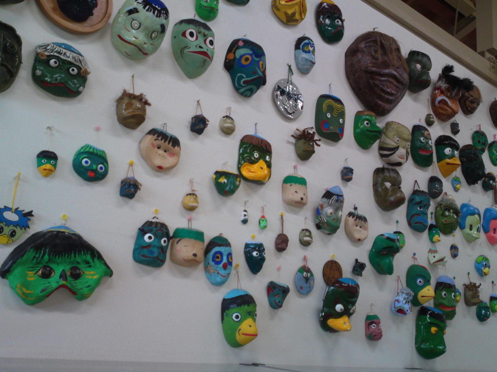 Collection de Kappa au Musée de Kappa de Tach-chan's dans la Ville de Yaizu en masques
