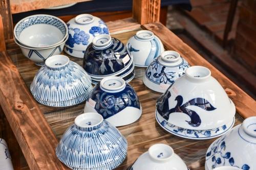Le village de potiers d'Okawachiyama tout près d'Imari dans la préfécture de Saga avec la porcelaine de la région