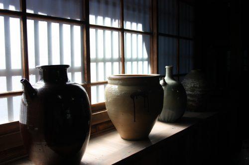 Ustensiles conservés au musée des cultures du Nord à Niigata, Japon