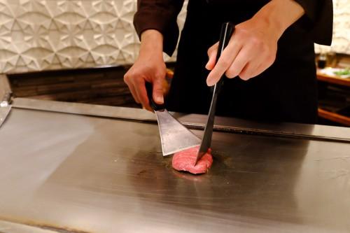 Le boeuf Kobe préparé sous vos yeux, dans le style Teppanyaki