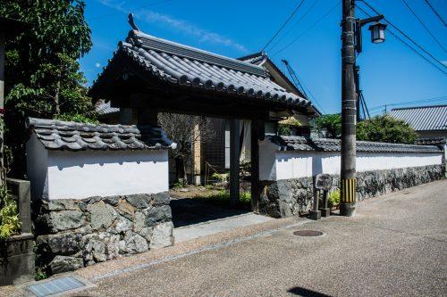 Entrée d'une maison de samouraï à Saiki, préfecture d'Oita, Japon