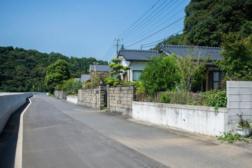 Maisons typiques de pêcheurs sur l'île d'Ohnyujima, préfecture d'Oita, Japon