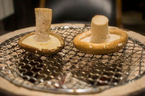 Entrée d'un repas végétarien au restaurant Yunotake-an à Yufuin, préfecture d'Oita, Japon