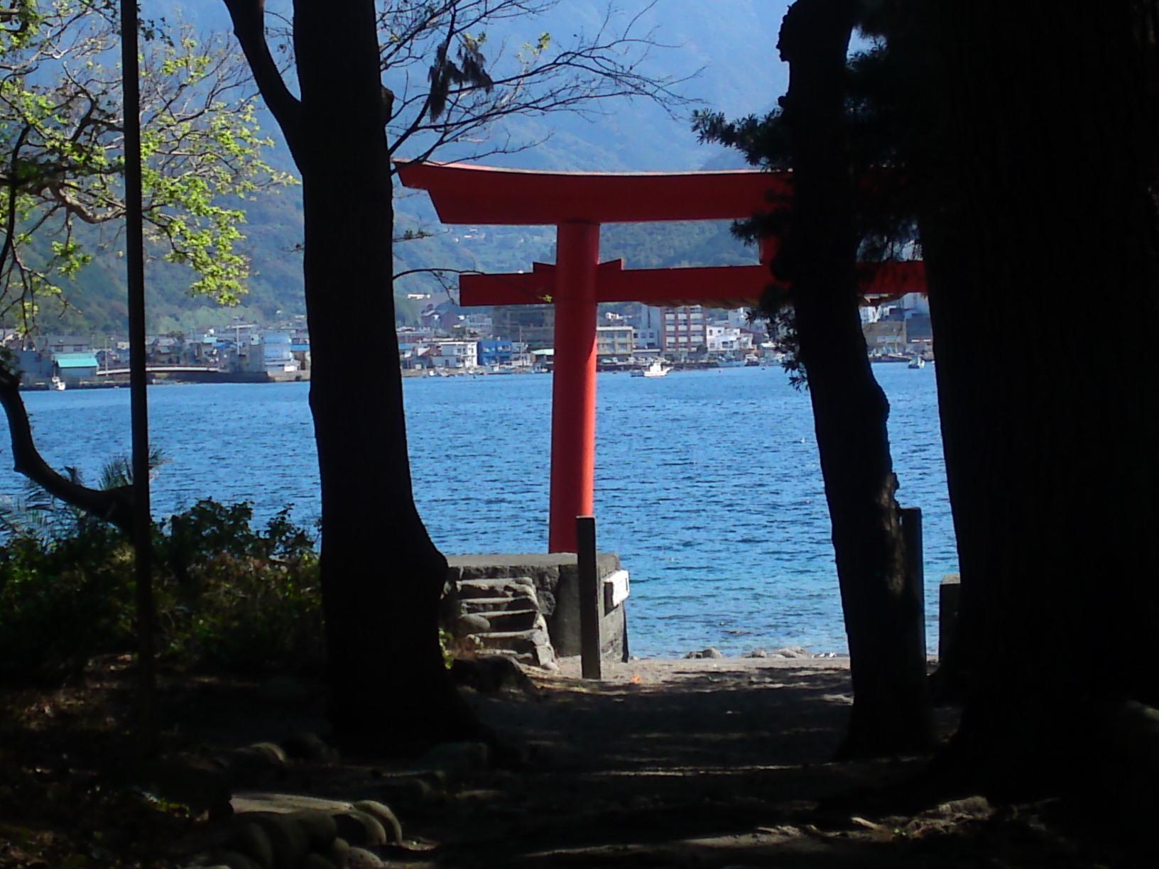 Heda Izu Peninsula Mount Fuji view beach crab museum shrine