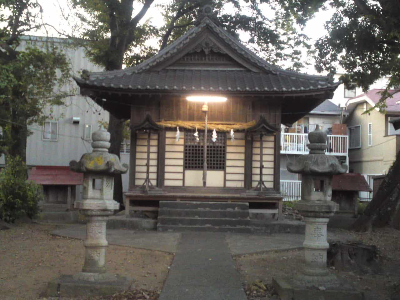 small shrine is situated near the main shrine