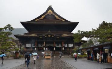 Nagano's famous temple: Zenkō-ji