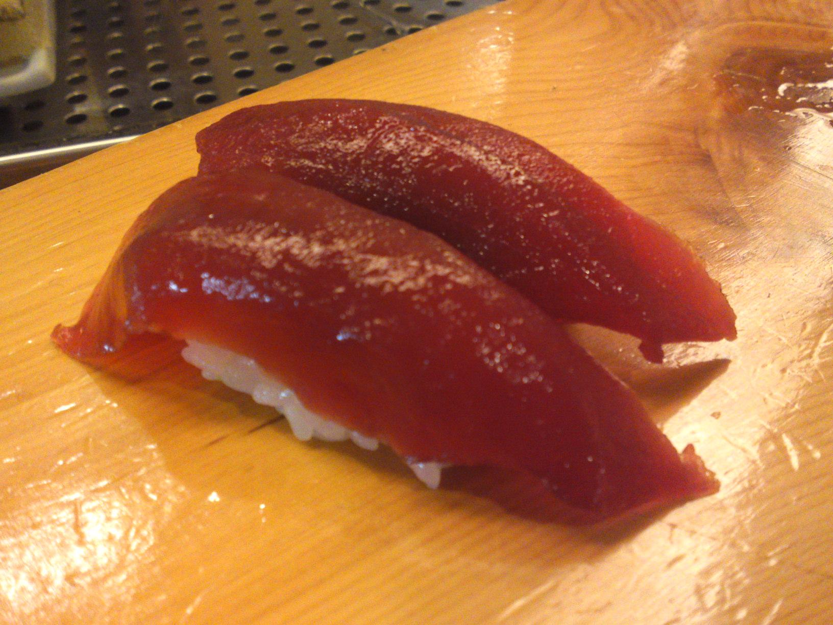 Tuna, Mauro sushi, in Japan