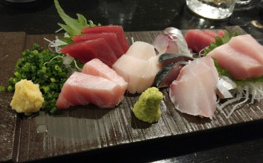 sashimi, izakaya, inn, tavern, restaurant, food, drinks, sushi