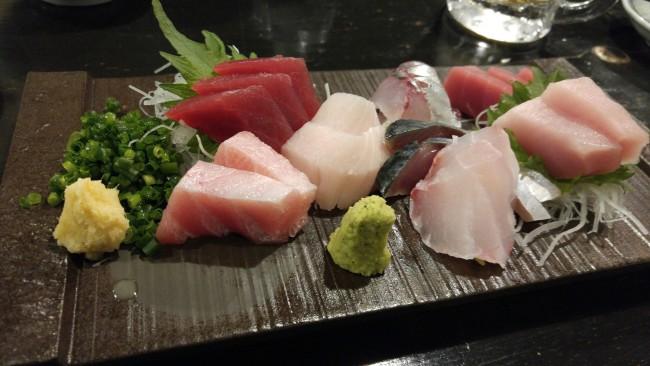 sashimi, izakaya, inn, tavern, restaurant, food, drinks, sushi