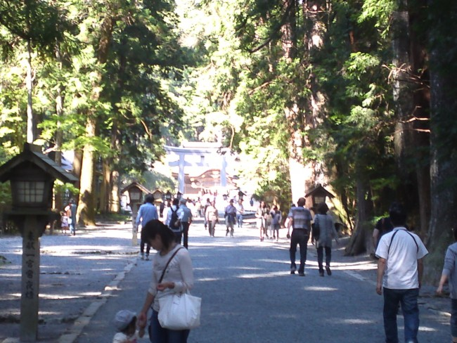 """the symbol of shrine called """"torii""""is what you can see over there"""