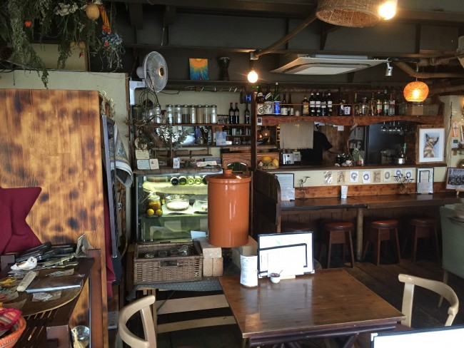 Interior layout at Magokoro cafe providing vegan hemp products, Kamakura