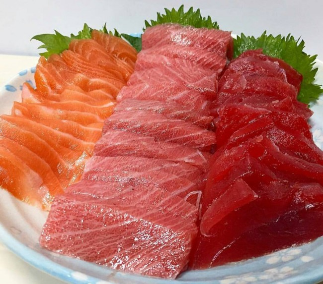 Osaka sashimi, Japanese food with little garnish over fresh fish