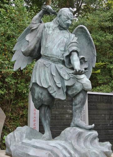 Tengu status in Mt. Takao