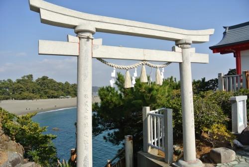 Francois Illas New Tradition: Katsurahama Beach In Kochi, Not Your Usual Seaside Stop