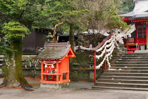Little shrine before the stairs to the main area of Toyotama shrine in Kagoshima.