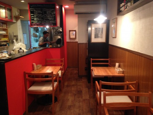 Inside Usagi Botanica, a vegetarian/vegan restaurant in Morioka serving macrobiotic food