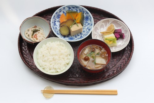 Daily japanese diet and the concept of one soup and three dishes japanese 1 soup 3 dishes are japanese food concept forumfinder Gallery