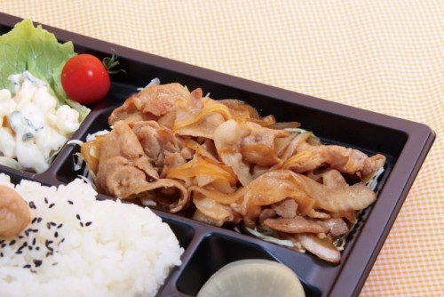 Shougayaki has the taste and aroma of ginger, and is a common bento item in Japanese food