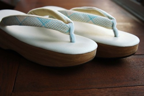Zori is Traditional sandal footwear, made in a variety of materials