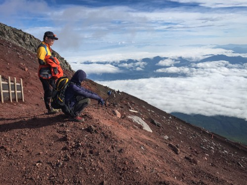 The descent from the summit of Mt Fuji is difficult due to loose volcanic rock, making it difficult to move quickly.