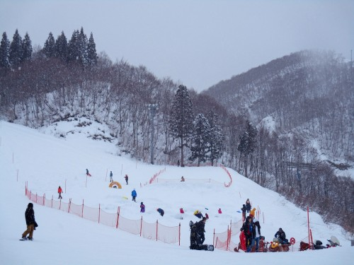 here is Gara Yuzawa playground for ski and snowboard