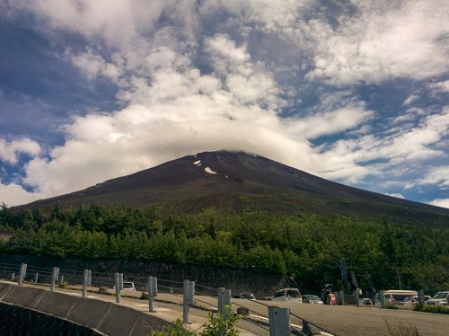 Needles to say,Mt Fuji is the highest mountain in Japan and promise us unforgettable memories!
