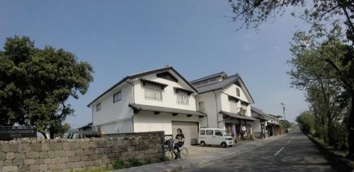 riding bicycle enable you to quickly enjoy sightseeing in shimabara ,nagasaki