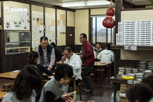 A popular udon spot!