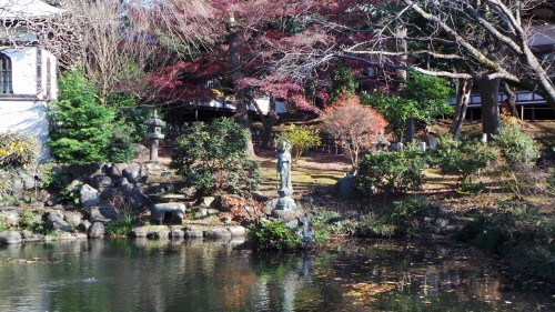 Hōjō-ike pond