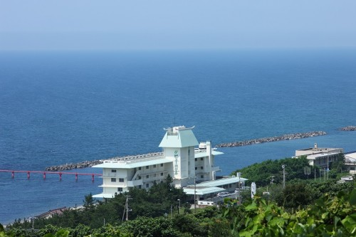 The sea view from Senami onsen