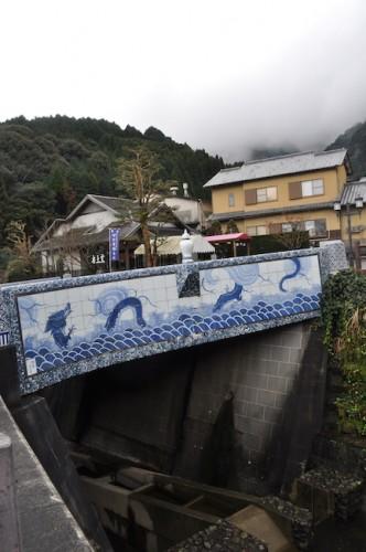 A bridge made by Imari ware