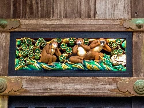 """""""Three Monkeys"""" artwork in Nikko Toshogu"""