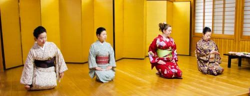 Japanese sitting posture, Seiza
