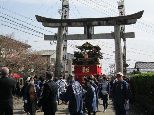 The Dashi Parade at Hachiman Shrine