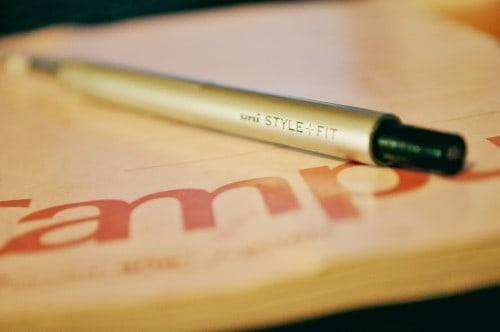 mitsubishi pen for drawing and writing